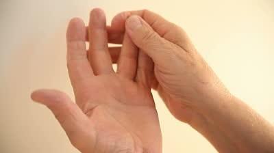 fingers get numb