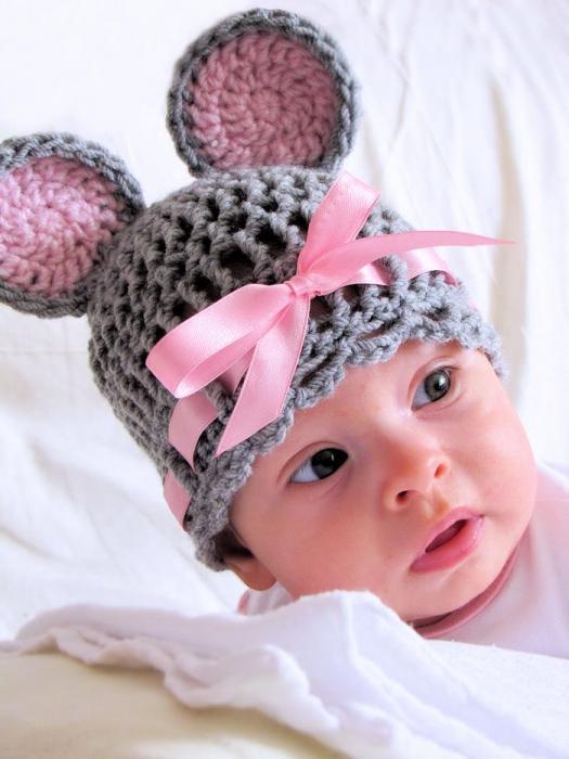 Оригинальные шапочки для новорожденных крючком связать очень