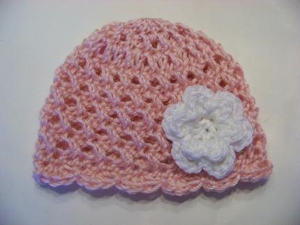 Летняя шапочка для девочки, крючком связанная. Простые и красивые