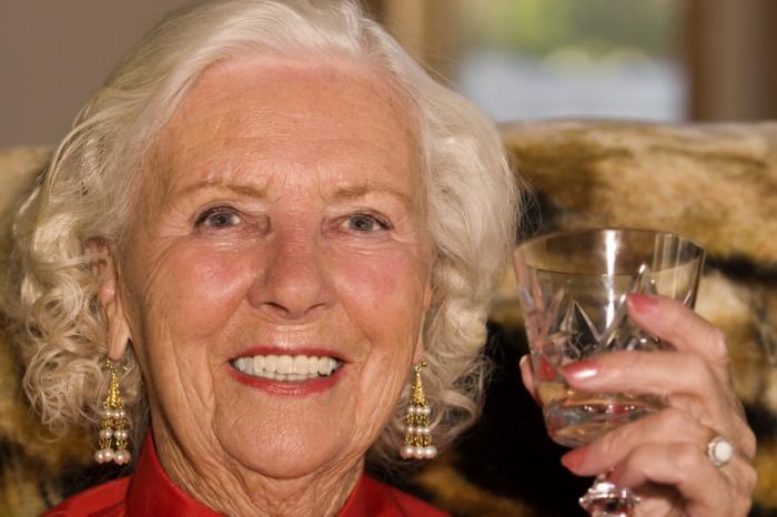 Сценарий юбилея женщины 70 лет советы