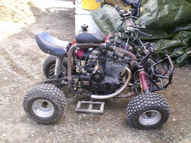 Самодельный с двигателем от мотороллера 79