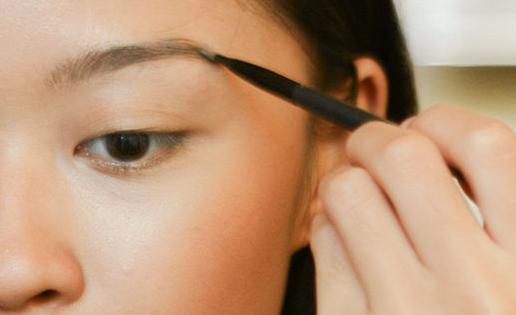 Как отрастить перещипанные брови