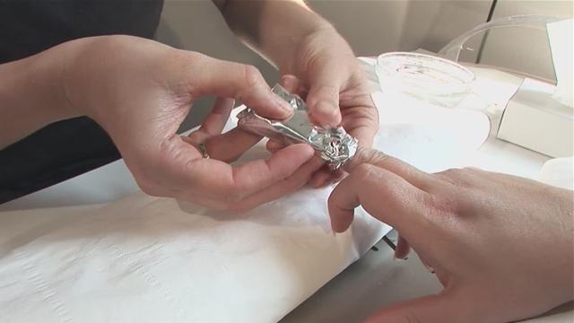 как самой снять нарощенные ногти