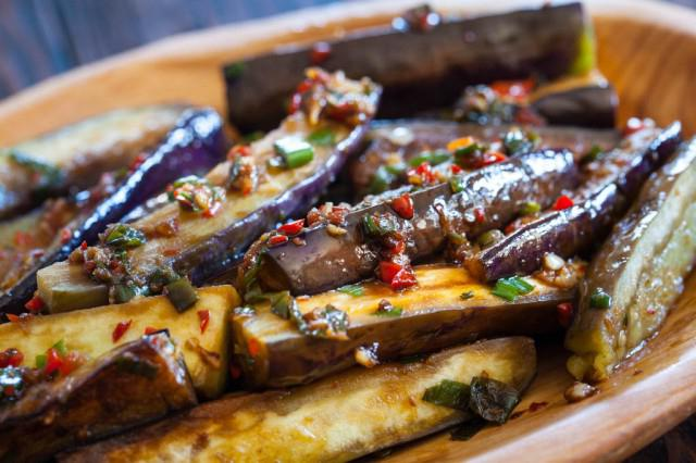 how to cook eggplant with garlic