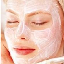 Как избавиться от жирного блеска на лице: советы косметологов