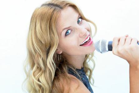 Как научится петь в домашних условиях если нет голоса? 454