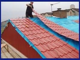 Накрыть крышу металлочерепицей своими руками фото