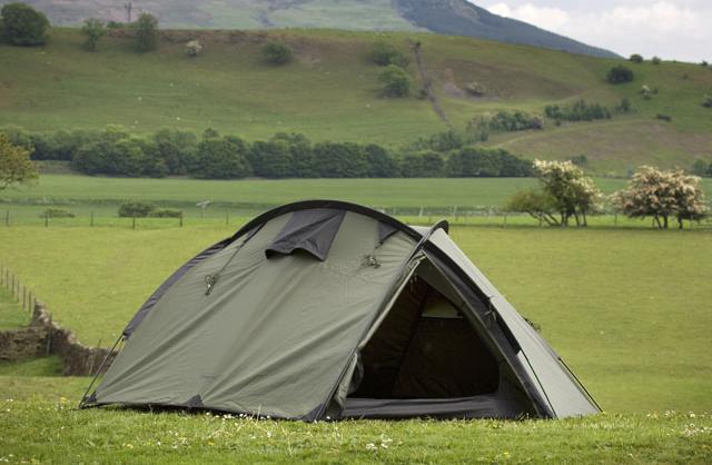 палатки туристические 3 местные