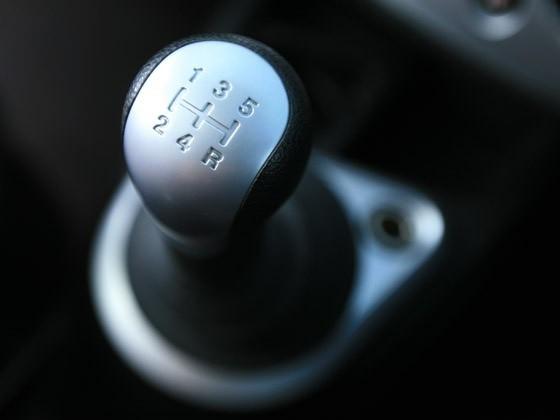 Как правильно тормозить на «механике». Как плавно тормозить на «механике»