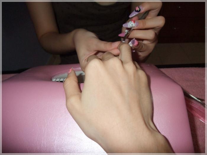 Как быстро снять нарощенные ногти