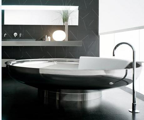 какую стальную ванну выбрать
