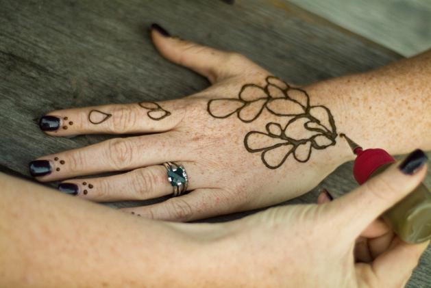 как сделать тату хной дома