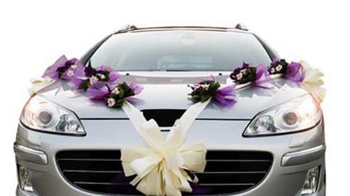 украсить машину на свадьбу