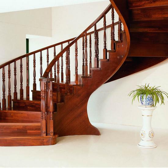 изготовить лестницу на второй этаж