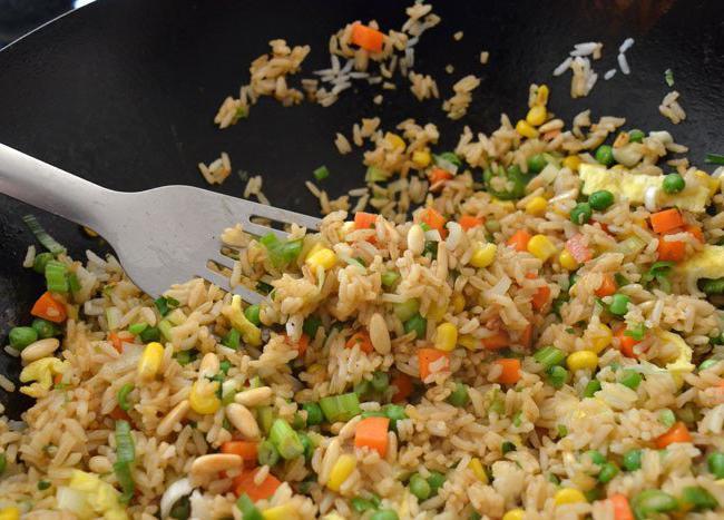 Рассыпчатый рис на гарнир