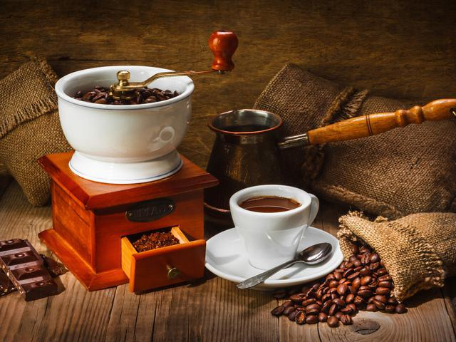 How to brew coffee in the Turk