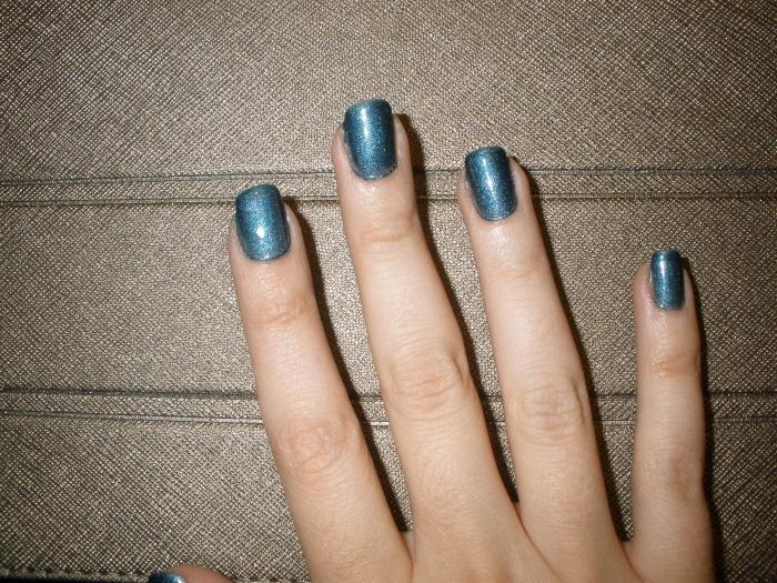 gel manicure at home