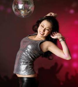 научиться танцевать на дискотеке девушке