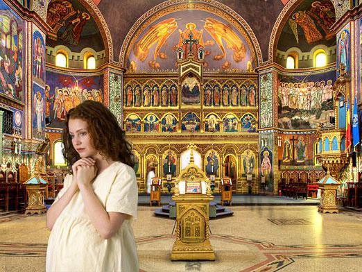 Почему нельзя ходить в церковь беременная