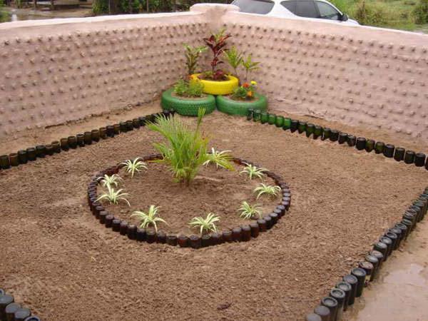Изгородь для клумбы из подручных материалов фото