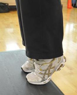 Как накачать ноги в домашних условиях? Как накачать икры на ногах