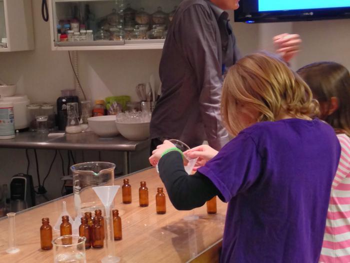 Делать эксперименты в домашних условиях