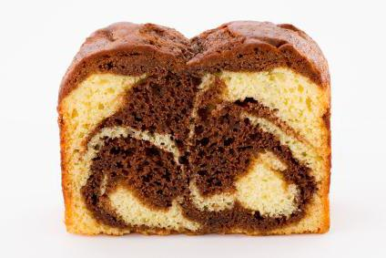 recipe for a marble cake in a slow cooker