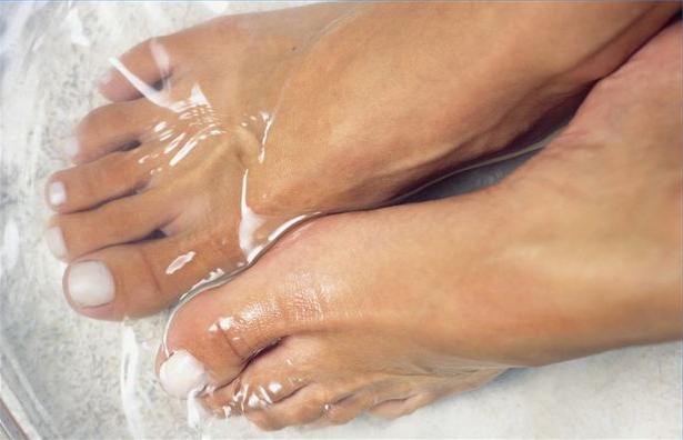 Эффективные народные средства профилактики косточек на ногах