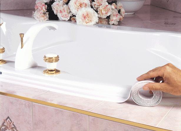 Как задела�� �ел� межд� ванной и ��еной С��к межд� ванной