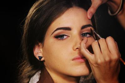how to make perfect eyebrows