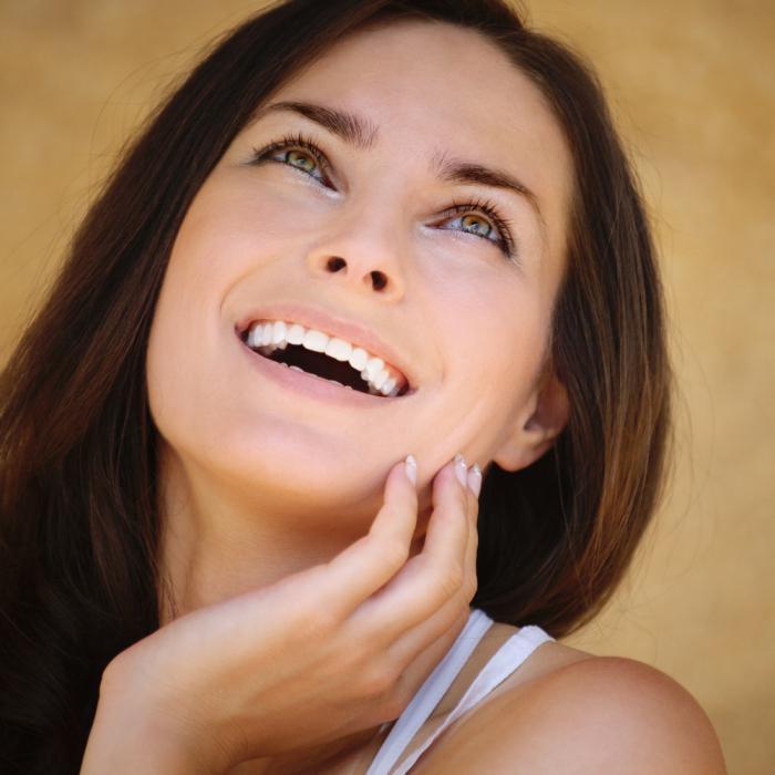 Отбеливание зубов в узловой