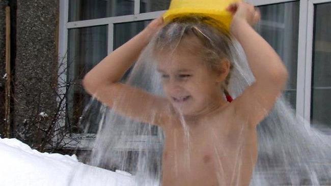 Обливание холодной водой при остеохондрозе