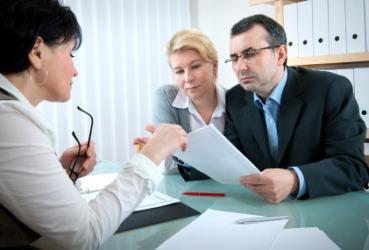 Где и как получить кредит безработному?