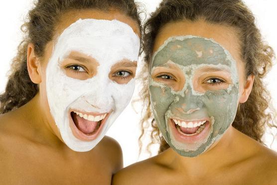 Очищающая маска для лица в домашних