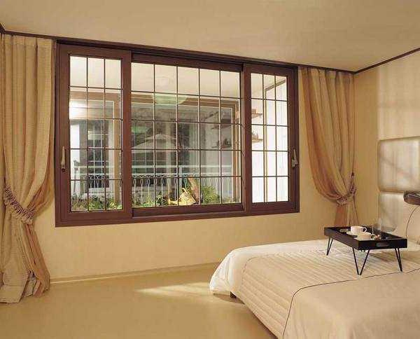 which plastic window is better to choose