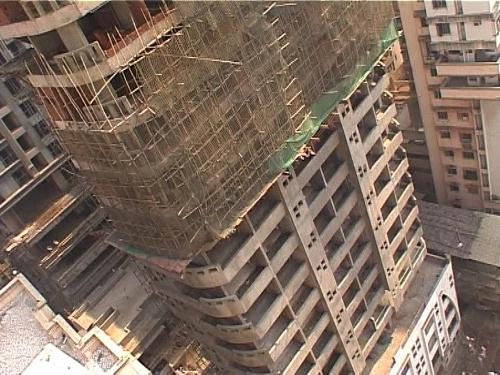 construction stages of an apartment building