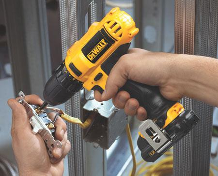 how to choose a battery for a screwdriver