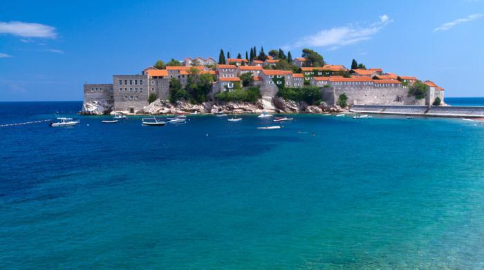 Montenegro resorts with sandy beaches