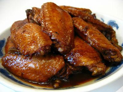 куриные крылья в медово соевом соусе на сковороде