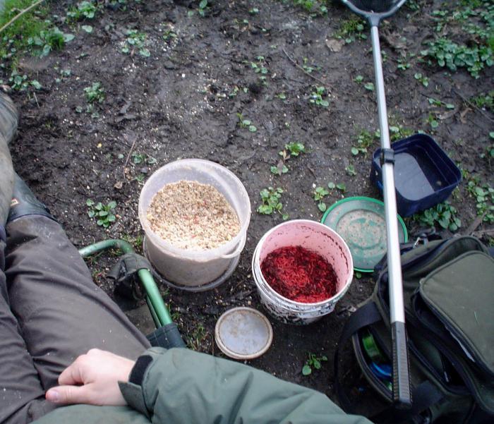 прикормка для плотвы весной на фидер купить