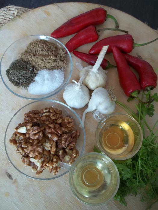 рецепт аджики с зеленью сырой
