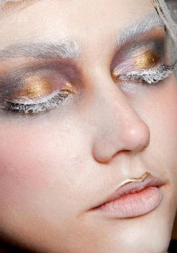 макияж для серо голубых глаз и русых волос фото