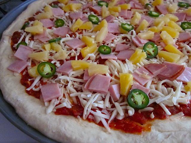 Гавайская пицца рецепт с курицей и ананасами фото рецепт