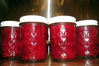cornel jam with bones