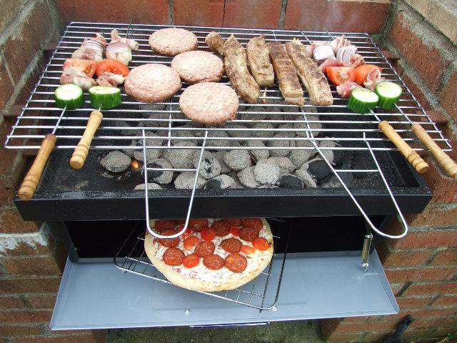 The scheme of brick barbecue.