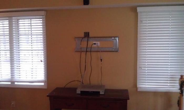 как вешать телевизор на стену
