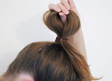 как завязать бант на волосах
