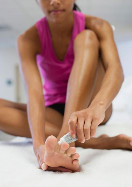 Самые эффективные препараты от грибка стопы и ногтей