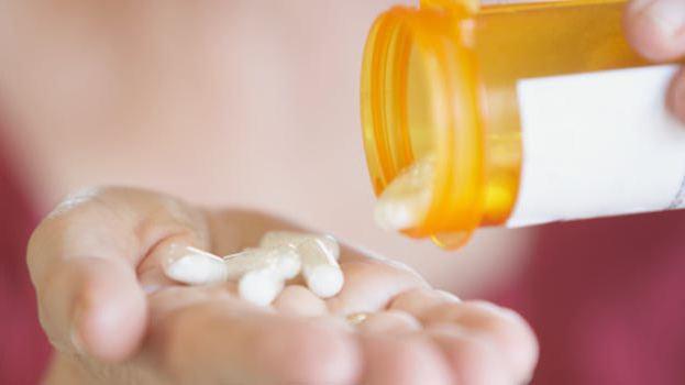 признаки молочницы у мужчин как лечить