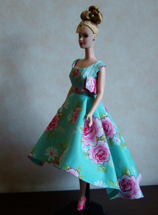 Из чего делается платье